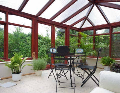 Conservatories with dining table